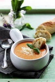 slow-cooker-tomato-basil-parmesan-soup-2